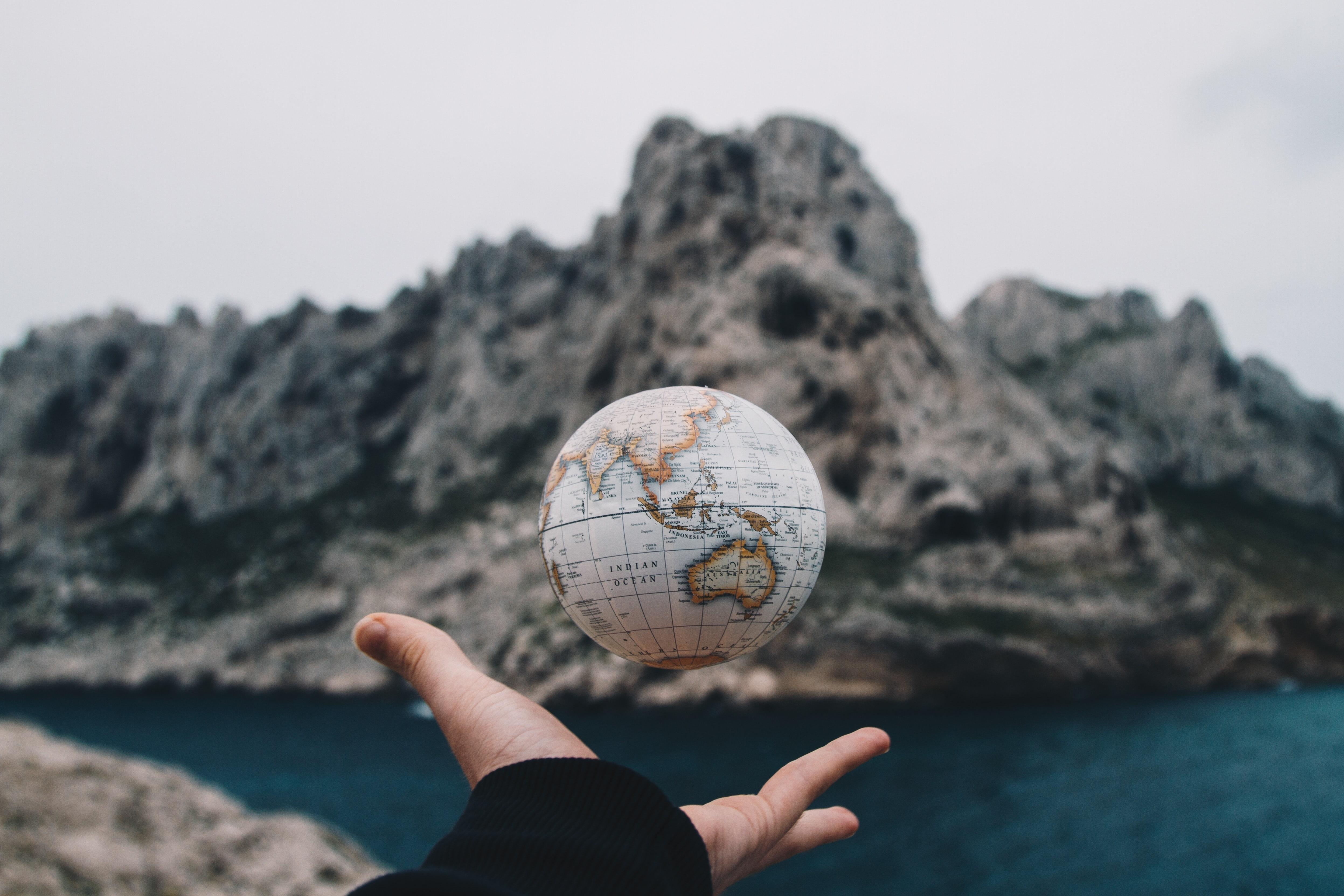 floating world globe